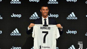CR7 estampó su firma en la Juventus y no se calló nada.