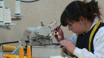 metalurgicos y textiles tienen una chance de empleo