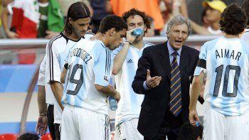 José Pekerman fue DT de la mayor en el Mundial de Alemania, cuando Argentina quedó eliminada en cuartos.
