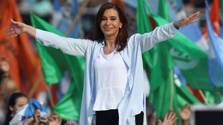 Los referentes del peronismo ven a CFK candidata por propio su partido.