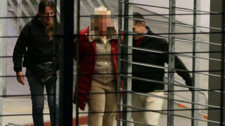 La ex esposa de la víctima fue detenida por mandar a matarlo. La mujer ejerció la prostitución y vivía en una mansión en la que había fiestas sexuales.