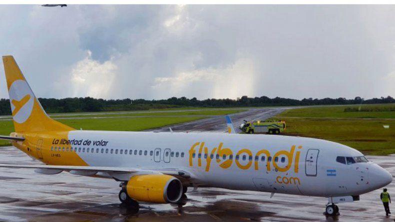 Indignación con Flybondi por vuelos cancelados