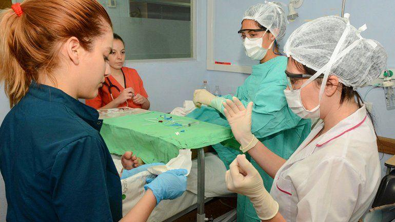 Suman otros 19 profesionales a los hospitales
