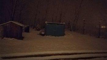 las nevadas llegaron a neuquen y las lluvias generaron inconvenientes en la ciudad