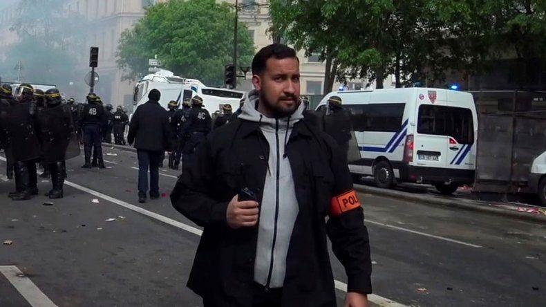 El colaborador del presidente francés está siendo investigado.