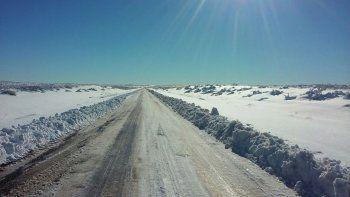 mira como esta la ruta 46: cortada por la presencia de nieve y hielo