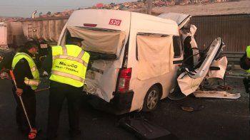 trece muertos y ocho heridos en un fuerte accidente en mexico