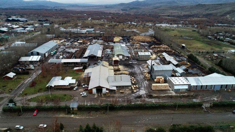 Corfone construyó 120 viviendas de madera en 6 meses