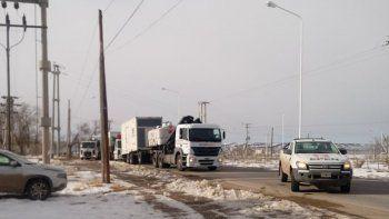 llegaron los camiones con los generadores de energia