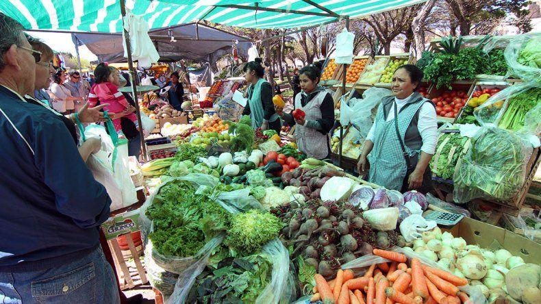 Los comerciantes se cansaron de la feria de Centenario