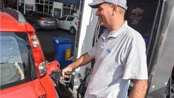 nuevo golpe al bolsillo: aumento la nafta y el gasoil
