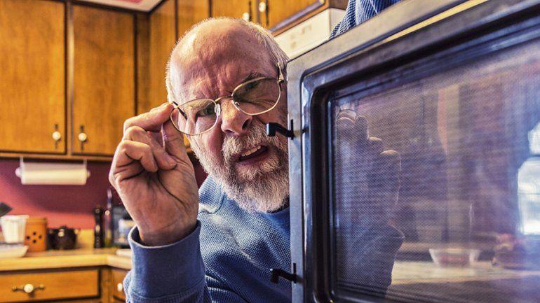 ¿Calentar la comida en el microondas es nocivo?