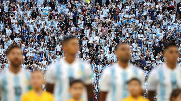 Investigan a un profesor que pidió licencia psicológica y se fue a ver el Mundial
