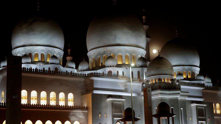 En Abu Dabi, capital de los Emiratos Árabes Unidos.
