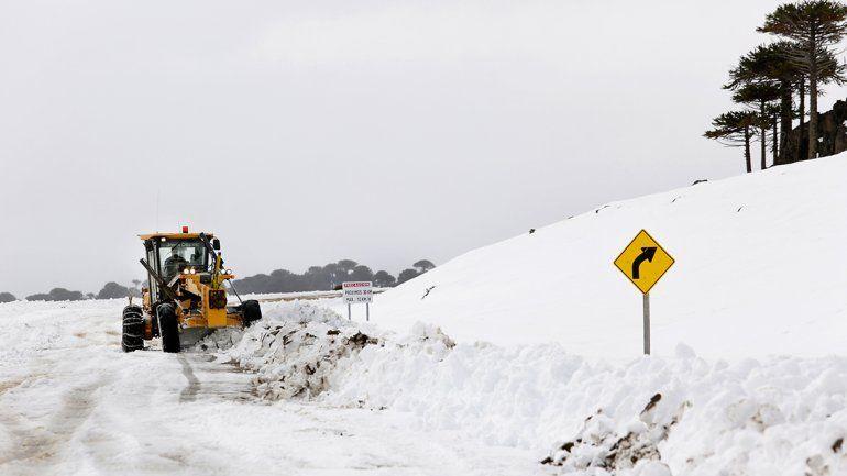 Vialidad tiene 400 agentes destinados  al Operativo Nieve