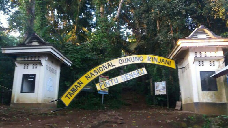 Un sismo dejó 680 turistas atrapados y 16 muertos