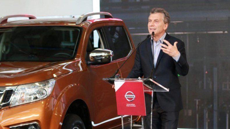 Macri, contra la oposición por el cambio en las FF.AA.