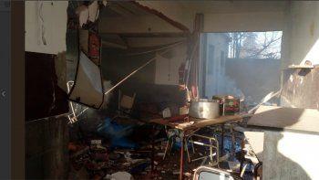 Dos muertos luego de una explosión en una escuela