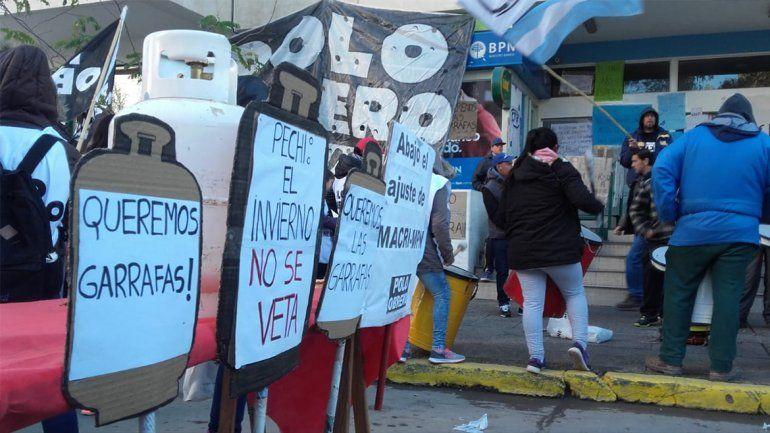Se manifestaron contra el veto de Quiroga a la compra de garrafas sociales