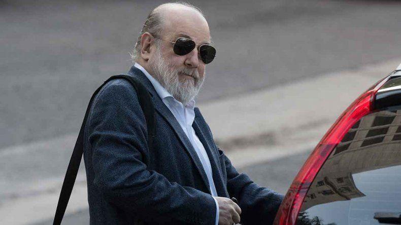Coimas: Bonadio quiere allanar el piso de Cristina