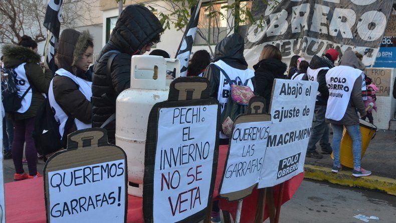 Con un garrafazo protestaron por el veto de Quiroga