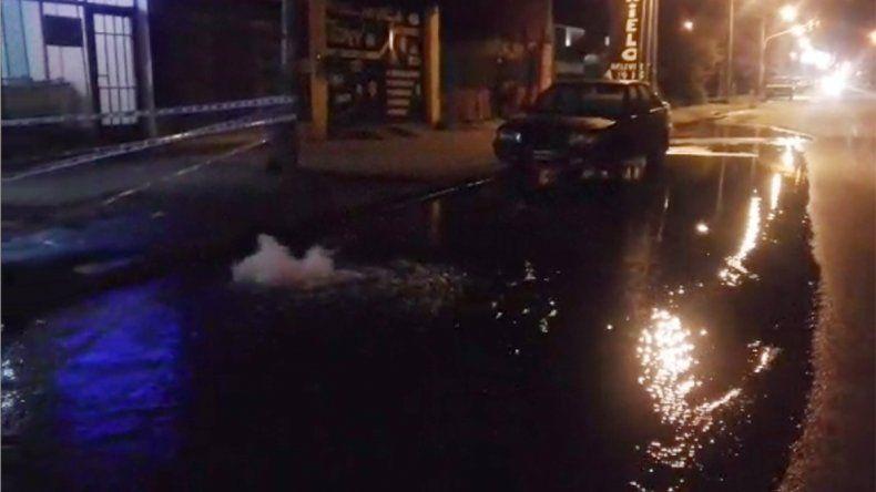 Otra rotura de un caño de agua, esta vez fue en Gatica y La Plata
