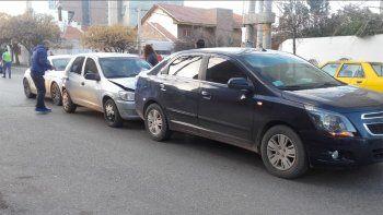 Choque en cadena: uno de los conductores circulaba sin licencia