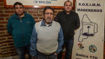 Pascual Villarreal, dirigente del sindicato maderero, y sus colaboradores.
