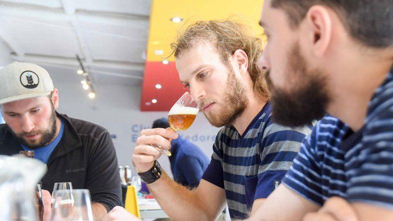 Catorce jurados participaron de la evaluación de las cervezas.