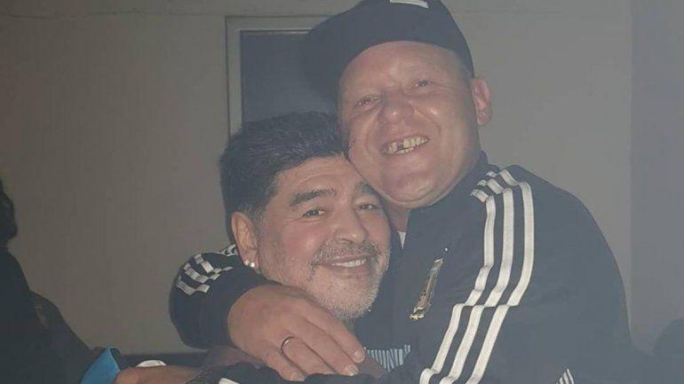 Maradona cantó, estuvo a los picos con El Pepo e insultó a Macri