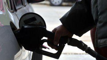 naftas: los neuquinos cuidan mas el bolsillo que el auto