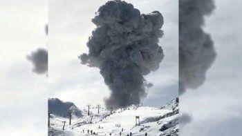 Así fue la explosión en el complejo volcánico Nevados de Chillán