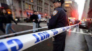 En el centro médico Westchester, en un pueblo cercano a Nueva York, se vivieron escenas de pánico. El hombre utilizó un revólver calibre 38.