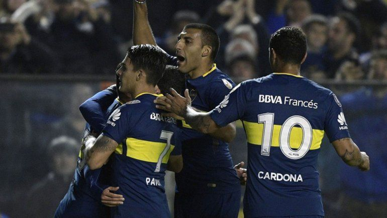 Boca le ganó 2 a 0 a Libertad y sacó una buena diferencia