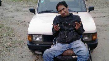 asesino a su vecino y se escapo en silla de ruedas