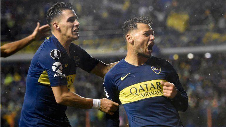 Mauro anotó su primer gol en La Bombonera ante Libertad.