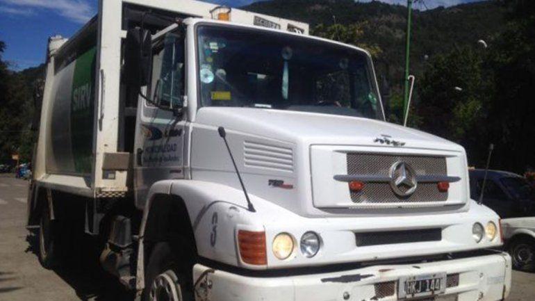 San Martín de los Andes: un empleado municipal sufrió un accidente y no habrá recolección de basura