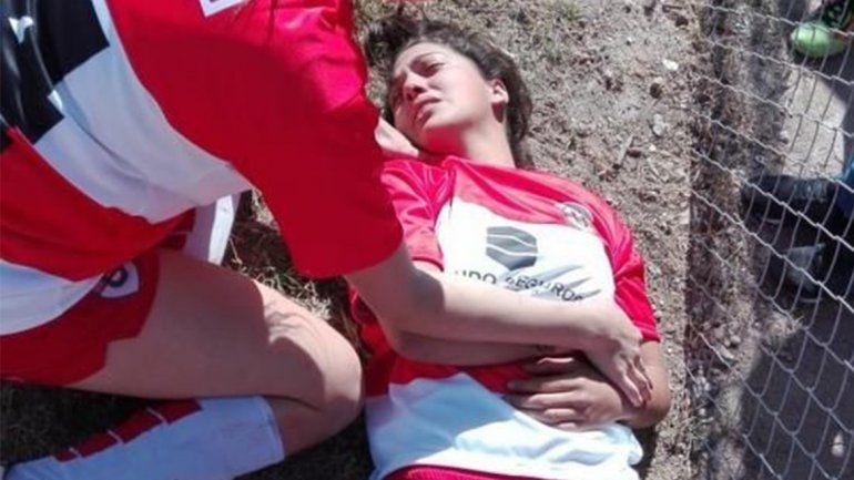 Impactante batalla campal en el fútbol femenino