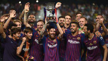 con messi de capitan, barcelona gano la supercopa de espana