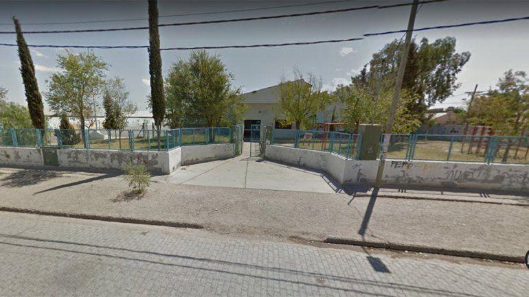 Suspendieron las clases en la escuela 193 tras la agresión de una mamá a dos docentes