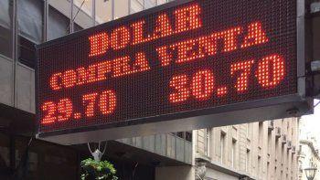 Influenciado por la crisis en Turquía, el dólar alcanzó los $30,71.