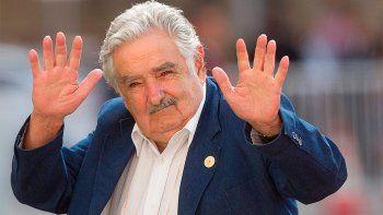 pepe mujica abandona el senado por cansancio de largo viaje