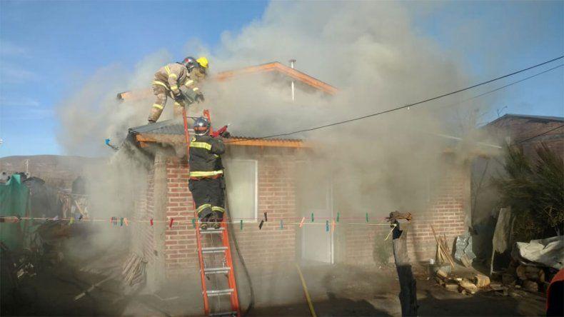 Un incendio movilizó a Junín de los Andes: sólo hubo daños materiales