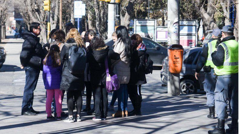 Un grupo de mamás presentó su respaldo al colegio AMEN ante la ministra Storioni