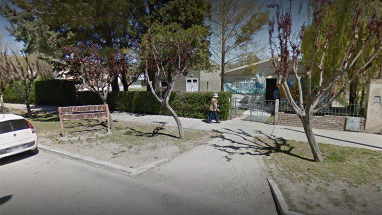 Una escuela de Piedra del Águila no tiene clases porque les quitaron el medidor de gas