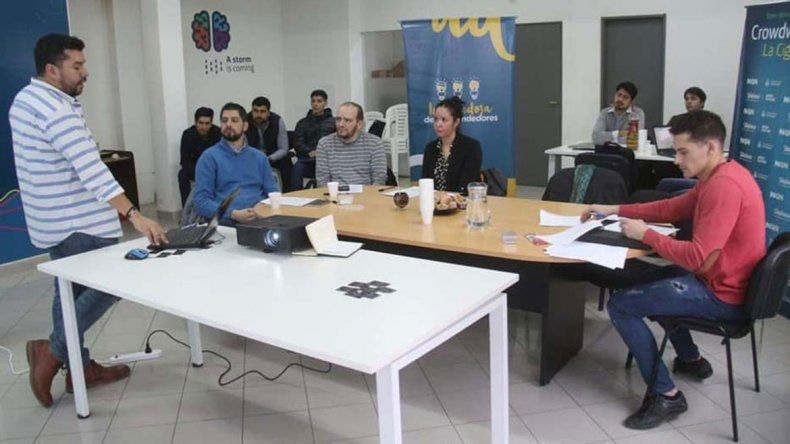 Emprendedores locales recibirán el apoyo de la Muni
