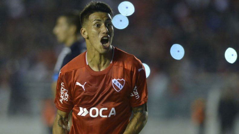 Maxi Meza será titular en Independiente. Torres