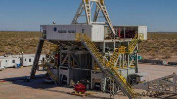 un trabajador murio aplastado en un pozo petrolero al ceder una maquina de 400 kilos