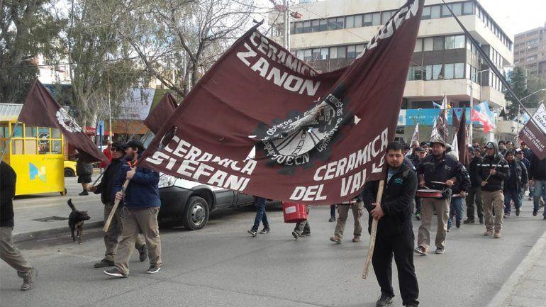 Cerámica Neuquén y ex Zanon jaqueadas por las facturas de gas: en 5 días le cortan el servicio