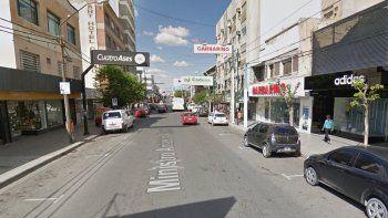 otro golpe boquetero: robaron 300 mil pesos en indumentaria deportiva de un deposito